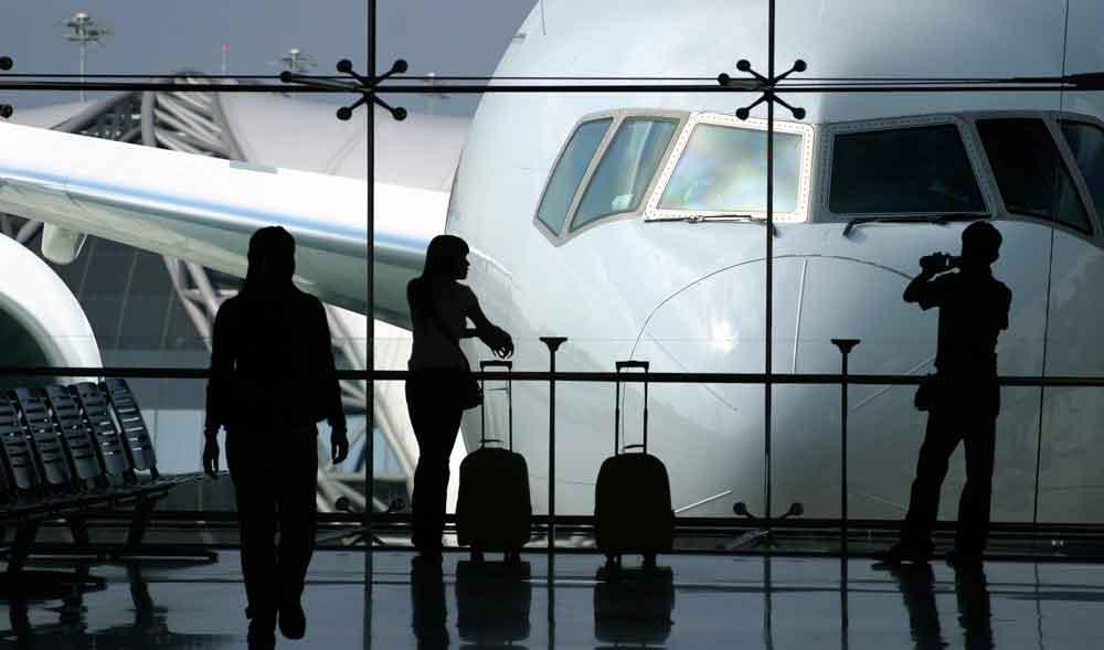 Die 5 Top-Gründe für Reiseunterbrechung sind unter anderm Verspätungen und Streiks (Foto: iStock)