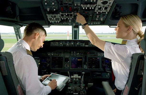Cockpit-CheckAirBerlin610x399