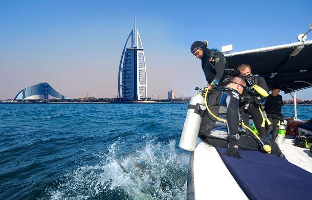 Tauchgang vor der Küste von Dubai