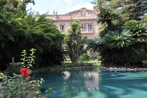 Das zu Villa Tasca gehörige Anwesen beherbergt eine der bezauberndsten Gartenanlagen Siziliens