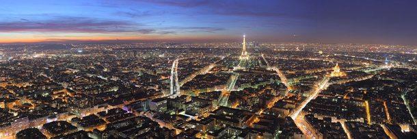 Ansicht von Paris in der Abenddämmerung