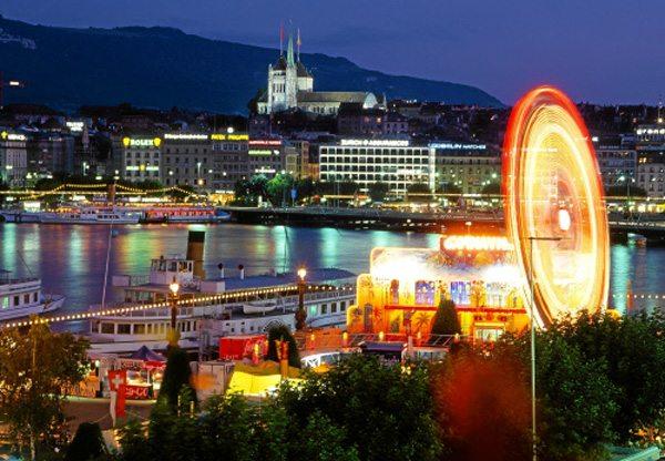 Genf und Genfer Seebei Nacht