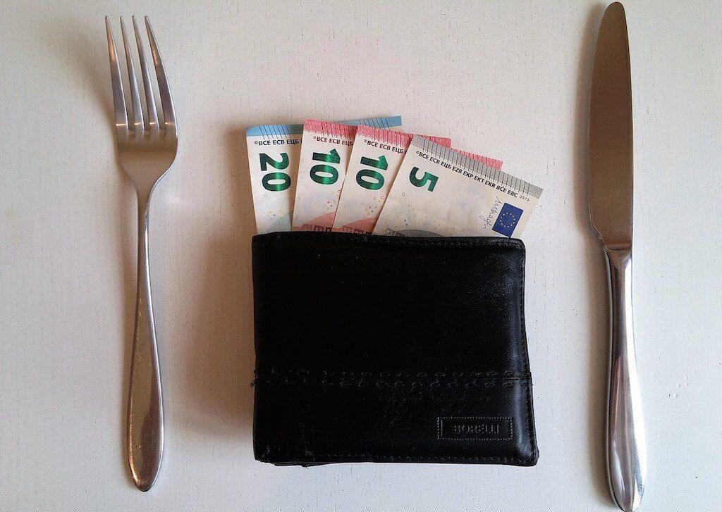 Femde Länder, fremde Sitten: Trinkgeld geben aber richtig