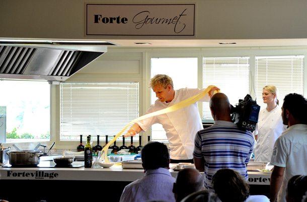 Cooking Class im Forte Village Resort mit Starkoch Gordon Ramsay