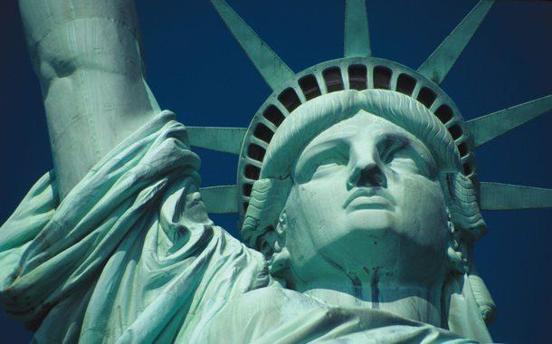 Freiheitsstatue vor der Küste von New York
