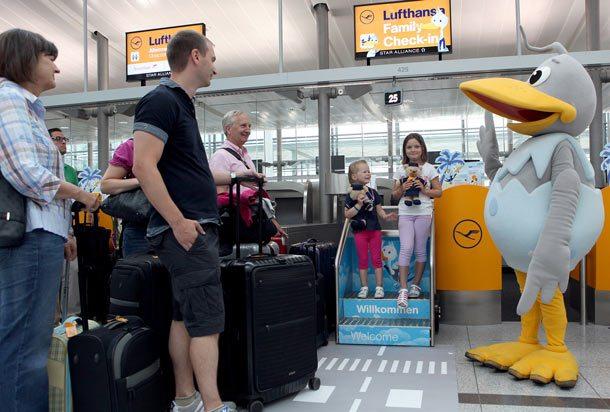 Beispielhaft: Lufthansa-Familien-Check-in-Schalter in München