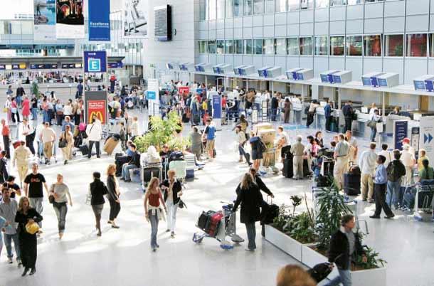 Wo PasMehr Rechte für Passagiere oder für Airlines?sagiere von Airlines abkassiert werden
