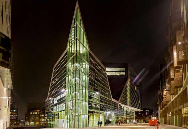 ein tolles design hotel in amsterdam suchen sind im room mate hotel. Black Bedroom Furniture Sets. Home Design Ideas