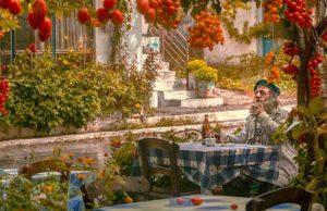 Ist es Glück oder Unglück, ein Griechen zu sein? Ein Grieche legt seine Landsleute auf die Psycho-Couch(Foto: Pixabay)