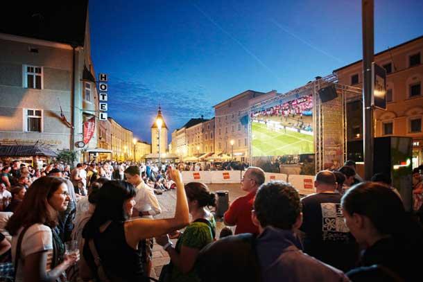 Public Viewing in Wels: Immer mehr Unternehmen buchen Green Meetings und Events in Wels, wo alle Seminarhotels mit dem österreichischen Umweltzeichen zertifiziert sind