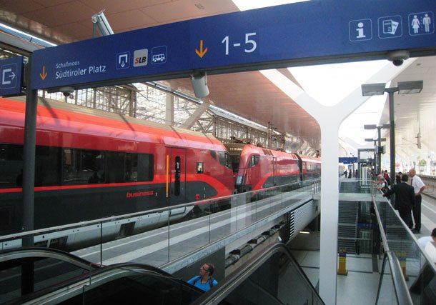 Der Railjet zwischen Budapest, Wien und München fährt wieder durchgehend ohne Umsteigen in Salzburg (Foto: ÖBB)