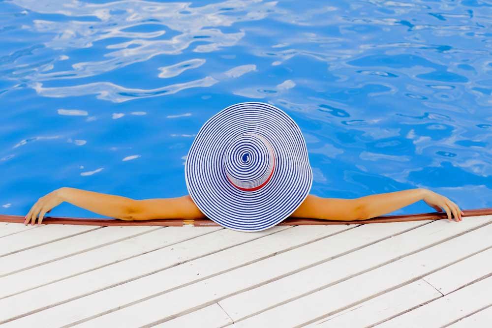 Der Luxusmarkt boomt. Vor allem Freizeit und Reisen liegen in der Gunst der Konsumenten. Luxusreisen boomen wie noch nie. Veranstalter von teuren Reisen verdienen sich eine goldene Nase (Foto: Pixabay)