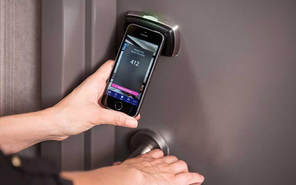 Im Le Méridien Parkhotel Frankfurt und Le Méridien Hamburg wird das Smartphone zum Zimmerschlüssel