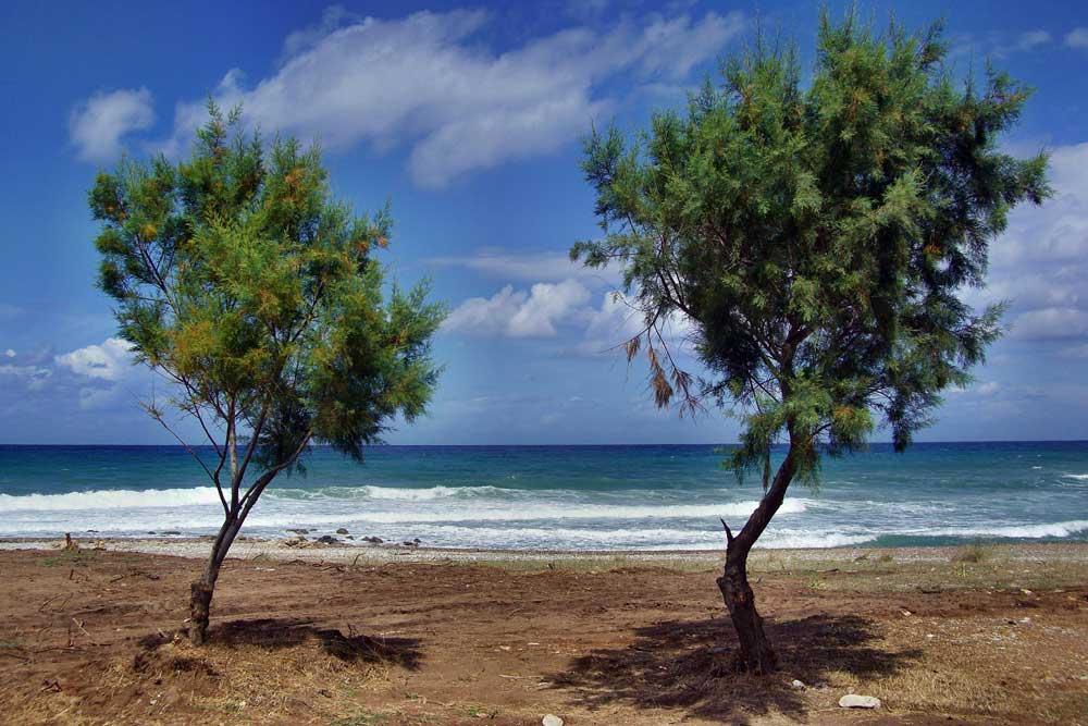 Traumhafte Strände und wild zerklüftete Landschaften: Auf der Halbinsel Peloponnes entdecken Reisende eine Vielfalt an landschaftlichen Impressionen (Foto: Pixabay)