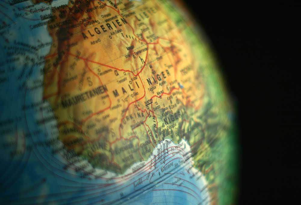Ein politischer und militärischer Krisenherd in Westafrika ist Mali. Nach dem Militärputsch im März 2012 sind hunderttausende Malier aufgrund der politischen Instabilität, der unsicheren Lage und des mangelhaften Zugangs zu Nahrungsmitteln und Wasser geflohen (Foto: Pixabay)
