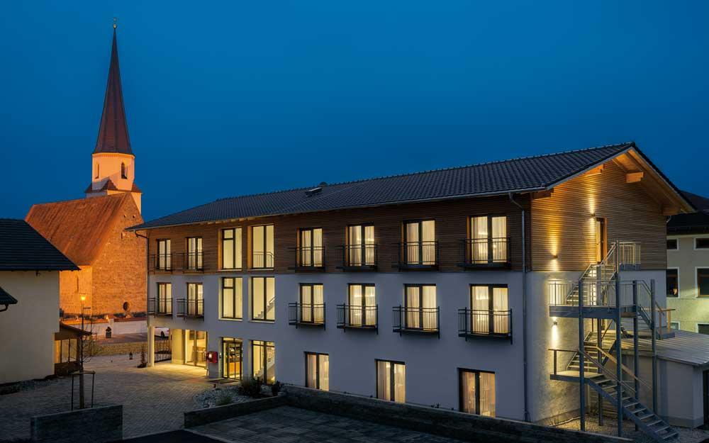 Das Hotel Traumschmiede in n Unterneukirchen liegt im Herzen der Inn-Salzach-Region vor den Toren Altöttings (Foto: Thomas Haberland)