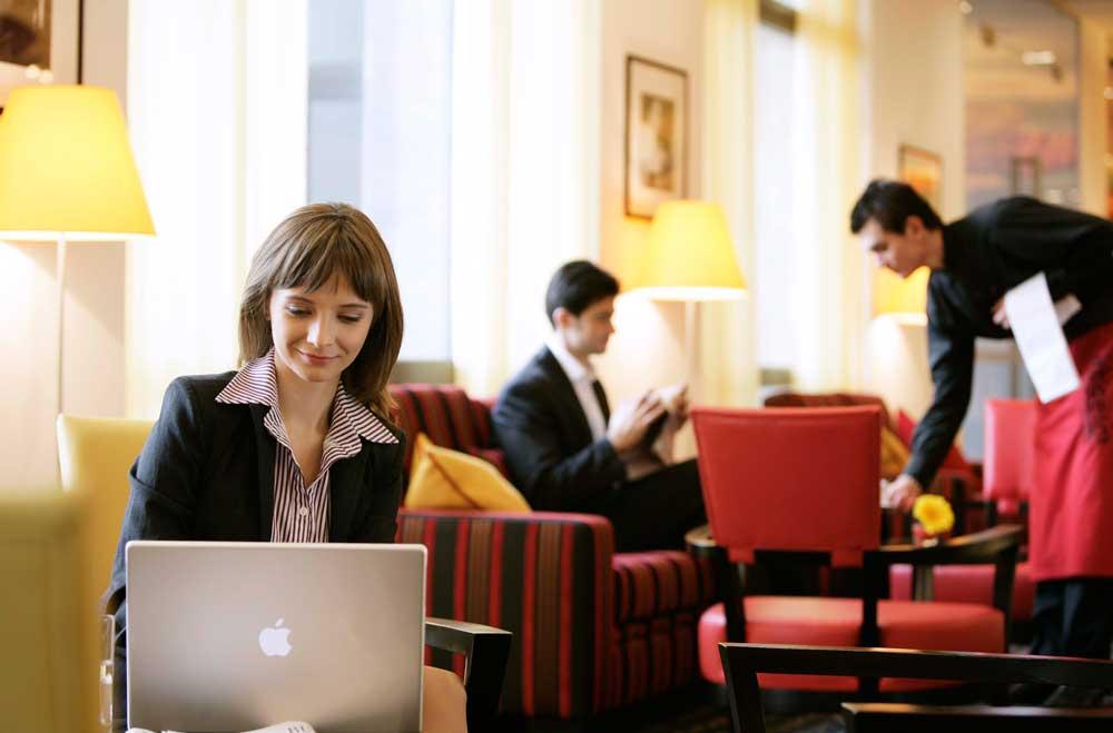 Ob das Hotel Angelo in Bukarest oder das Hotel Diplomat in Prag – alle 32 Hotels von Vienna House sind jetzt über das neue Online Meeting Tool für Tagungen und Kongresse buchbar (Foto: Eisenberger, Vienna House)