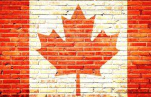Kanada: Mauer mit aufgemalter kanadischer Fahne