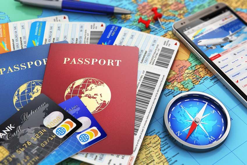 Reiserisiken minimieren: Pässe, Kreditkarten und Kompass reichen nicht