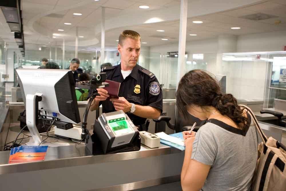 Bei US-Einreise gibt Frau ihre Social-Media-Accounts freiwillig an