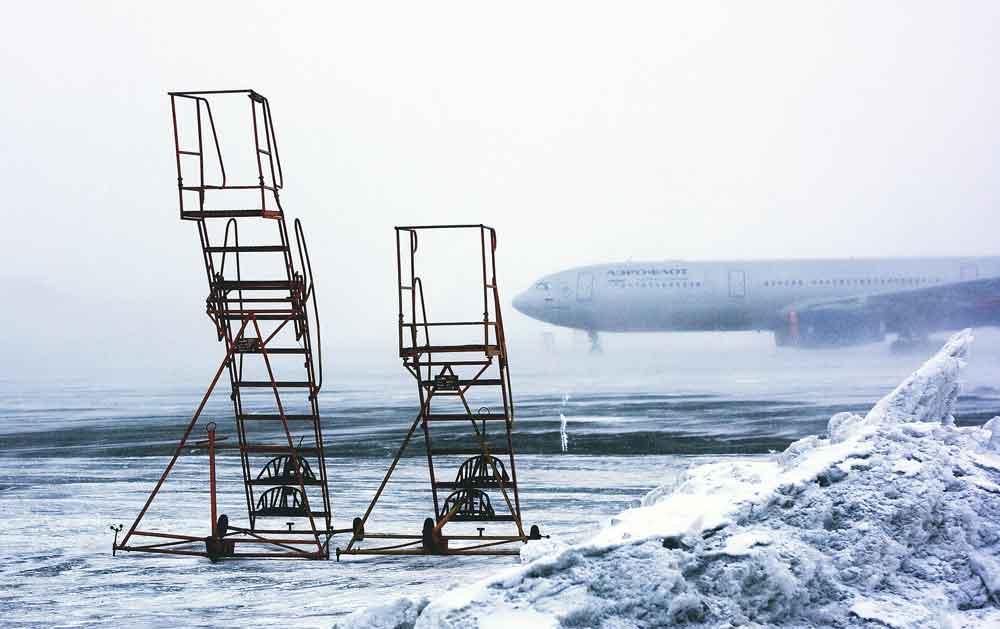 Wenn Schnee und Eis die Flüge verspäten: Wer zahlt dann für entfallene Flüge? (Foto: Pixabay)