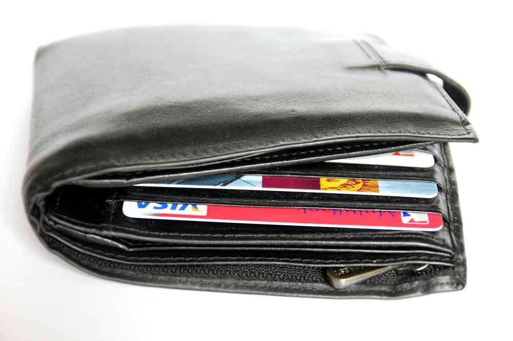 Wechselkursfallen bei Reisen ins Ausland können ganz schön die Brieftasche belasten (Foto: Pixabay)