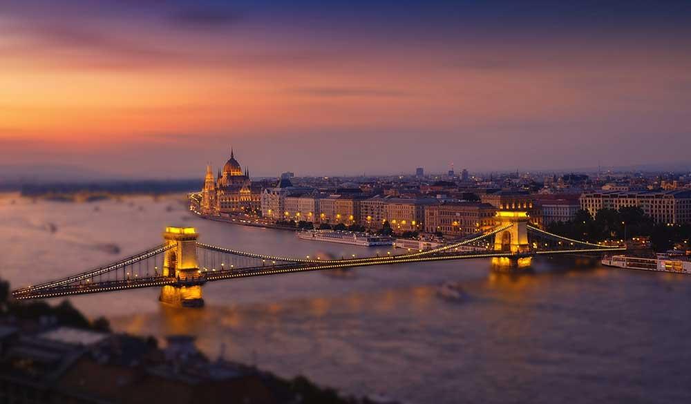 Budapest: Die ungarische Regierung muss wegen Verletzung von EU-Rechten mit Sanktionen rechnen (Foto: Lubomir Mihalik, Pixabay)