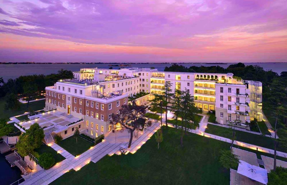 Selbst ist die Frau im JW Marriott Venice Resort & Spa: Erlebnisse der glücklichen Art