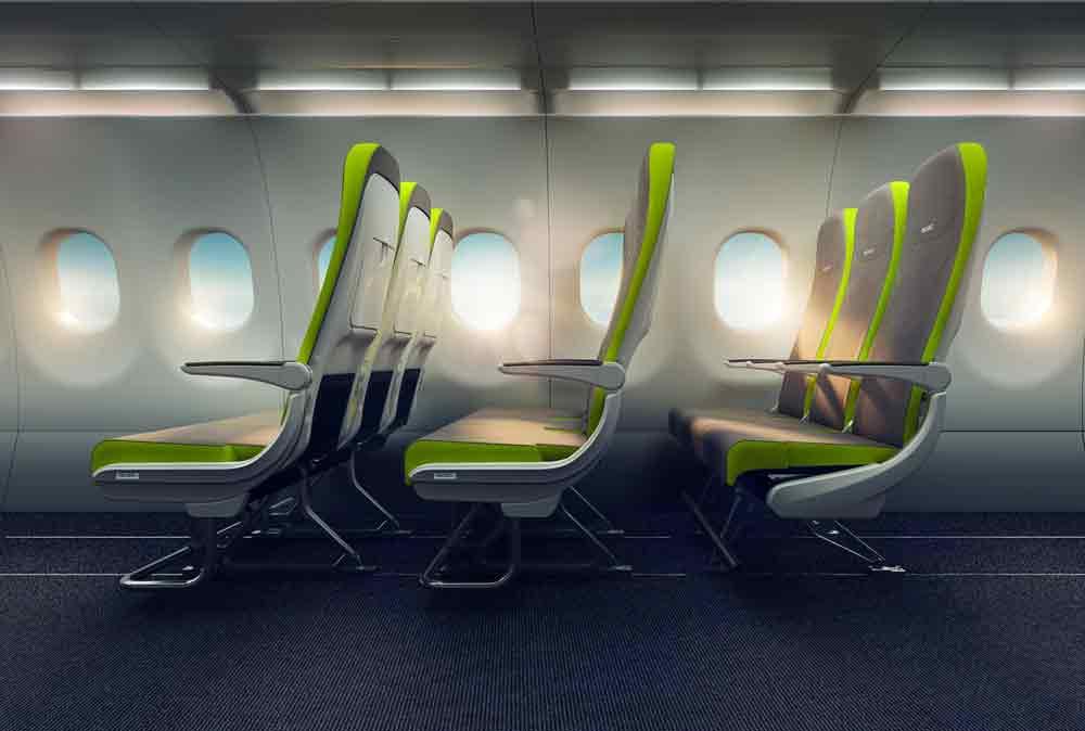 Nicht alle Urlauberflieger sind modern und komfortabel bestuhlt: Die Innovation von Recaro heißt Flex Seat. Mit einem einfachen Sitzschiebekonzept kann der Sitzabstand bei nicht voll besetzten Flügen für die Passagiere vergrößert werden