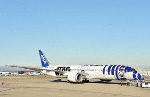 Star Wars-Bemalung als Vorlage für die ANA Kids Lounge am Flughafen Tokio