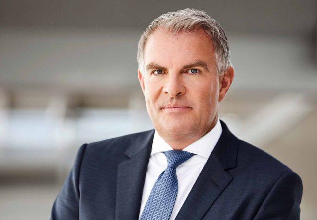 Vorstandsvorsitzender der Deutschen Lufthansa AG, Carsten Spohr hat Air Berlin aufgekauft