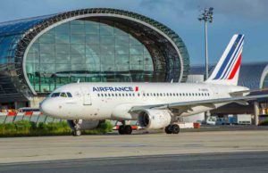 Flughafen: Air France Maschine A319