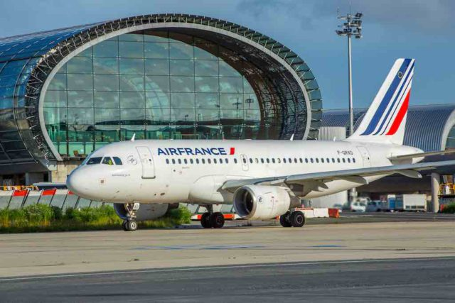Flughafen: Air France Maschine A319
