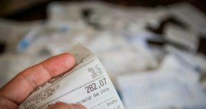 Rechnung: Wie Reisekosten eingespart werden