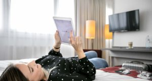 """Die Hotelgruppe Arcotel will mit ihrer neuen """"mehr""""-Strategie bei Gästen punkten: Der Gast als Mensch steht im Mittelpunkt (Foto: Arcotel)"""