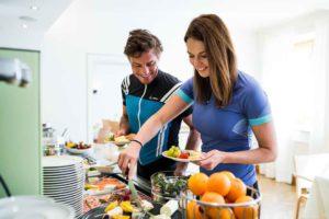 Die Hoteliers in der Rennrad-Region Wels  sorgen für gesunde Ernährung und saftige Erfrischungen