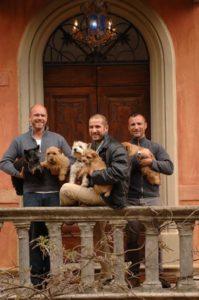 Die Eigentümer des Fontelunga, Paolo Kastelec und Philip Robinson, besitzen selbst vier Hunde