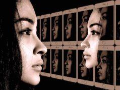 Selbstgespräche führen zur Selbstmotivation und helfen, Hindernisse zu überwinden (Foto: Geralt, Pixabay)