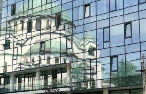 EU-Kandidat Serbien holt sich für den Ausbau der Infrastruktur Geld aus China (Foto: Pixabay, Falco)