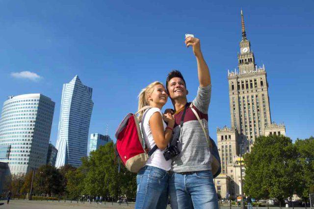 Warschau bietet für jeden Besucher etwas zum Entdecken, Erleben und Erfahren (©warsawtour.pl)