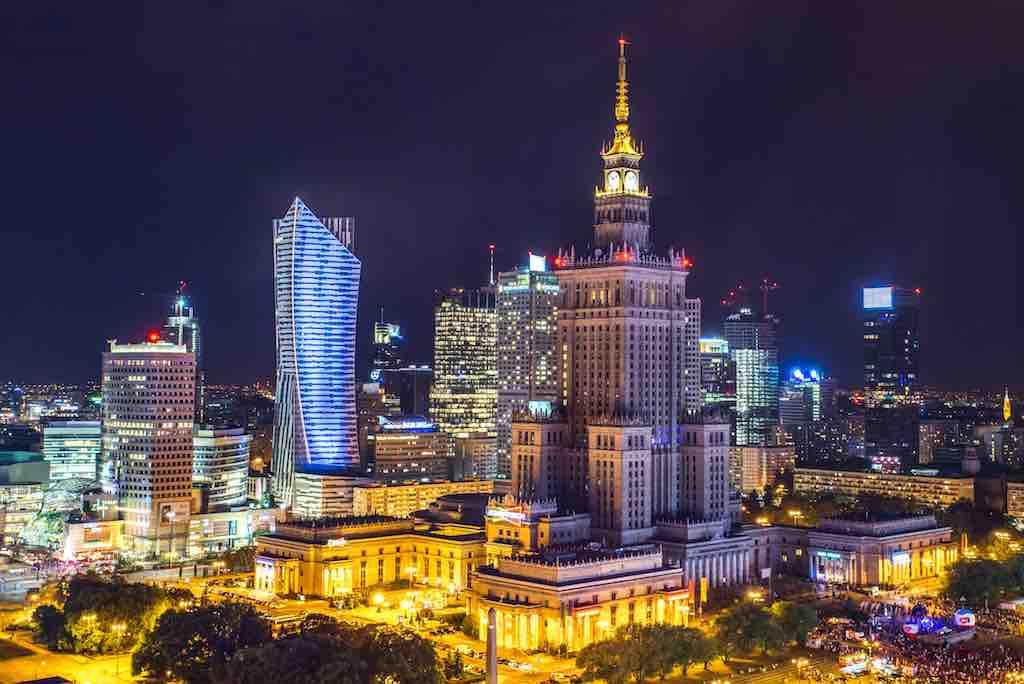 Warsaw Poland Dating-Standorte Geschwindigkeit Dating Trikot Ufer
