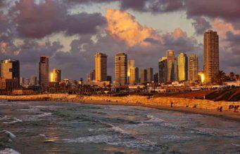 Mit der israelischen Fluglinie EL AL in der Business Class nach Tel Aviv fliegen (Foto: Volker Glätsch, Pixabay)
