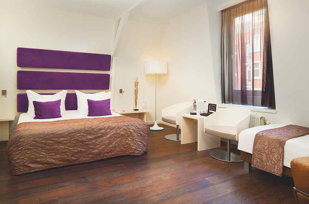 The Albus Amsterdam: Superb City Room Triple-Angle