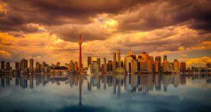 Geschäftsreise nach Kanada: Was benötigen Business Traveller bei der Einreise nach Toronto – ein Visum oder eTA? (Foto: Johannes Plenio, Pixabay)
