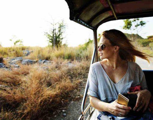 Singlereisen beleben das Geschäft der Reisebüros: Der Markt der Alleinreisenden wächst (Foto: Rawpixel, Pixabay)