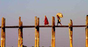 Das Glück des Reisens in der Ferne entdecken und erfahren (Foto: Karl Ferdinand, Pixabay)