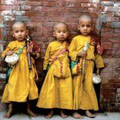 Kinder in Nepal (Foto: David Mark, Pixabay)