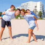 Grünes Hotel am Schwarzen Meer: Familienspaß am Strand