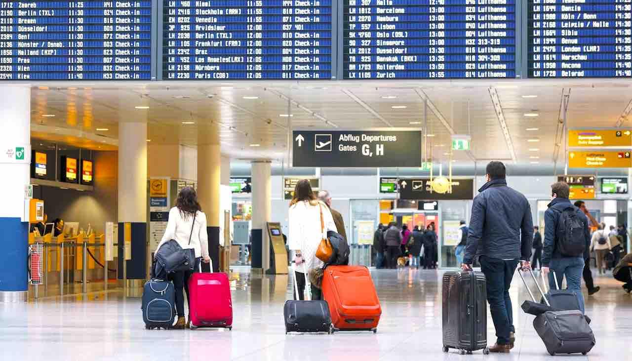Fliegen wird immer jünger und weiblicher. Das hat eine Umfrage des Münchner Flughafens ergeben (Foto: Munich Airport)