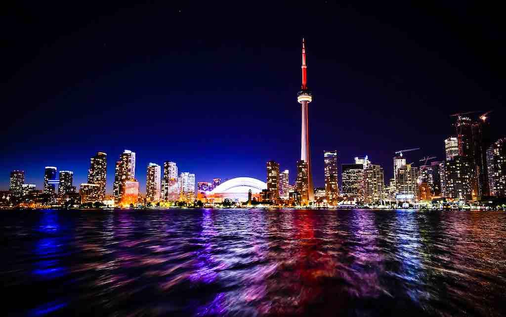 Toronto ist die wichtigste Finanz- und Wirtschaftshauptstadt Kanadas (Foto: StockSnap, Pixabay)